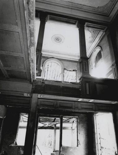 Лестничный холл в Тереме. 2000 г.