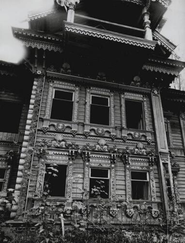 Западный фасад. 2000 г.